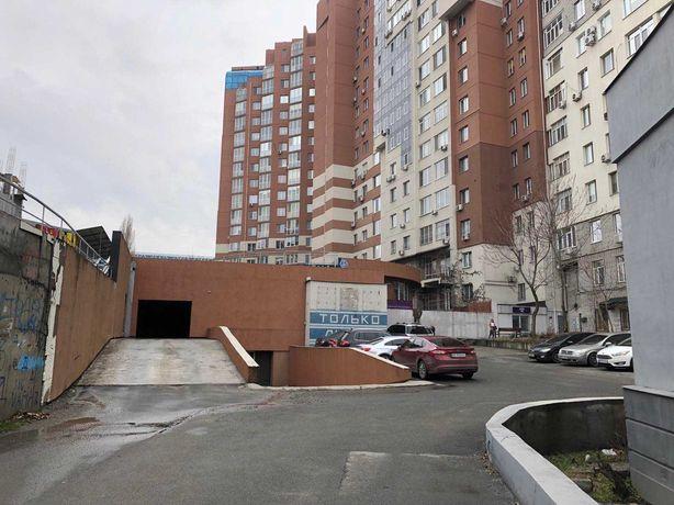 Продам парко - место бул. Кучеревского, низ пр. Кирова (пр. Поля) ВК