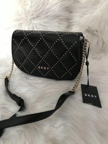 czarna torebka DKNY Sofia Saddle Bag czarna listonoszka DKNY crossbody