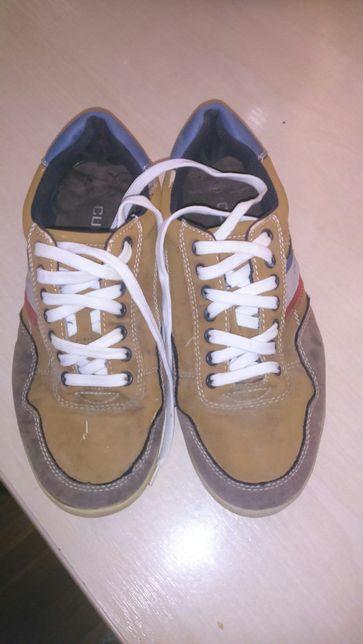 Взуття чоловіче 41 р.