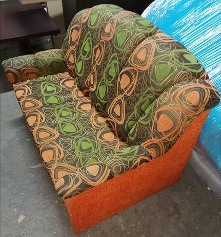 Sofa, z funkcją spania, z schowkiem na pościel