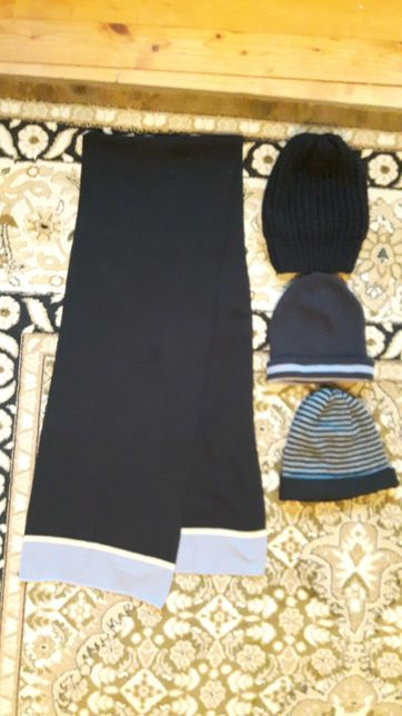 Komplet szalik z czapkami