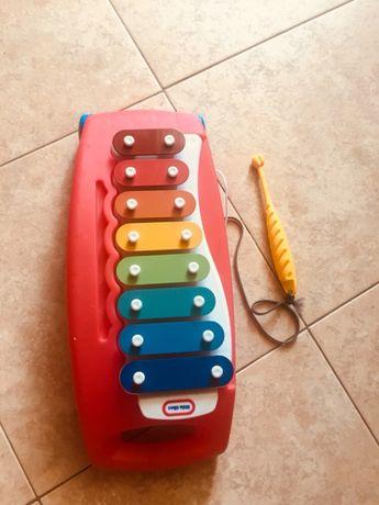 Музыкальная игрушка Little tikes, металлофон и доска для шума