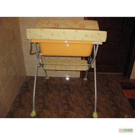 Пеленальний столик з ванночкою Bravi