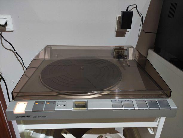 Gramofon linerany Nordmende RP1651 w super stanie