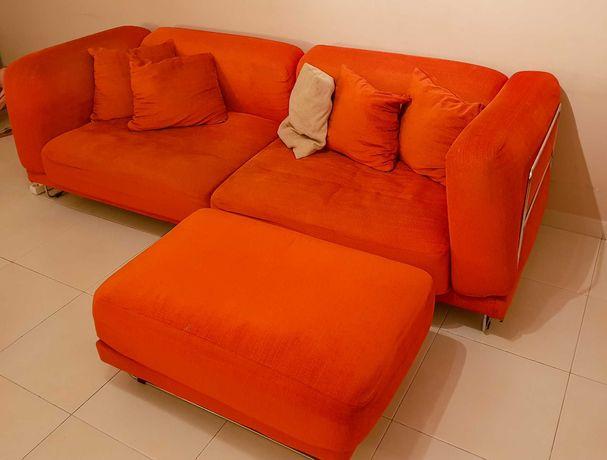 Sofá moderno 4 pessoas + puff