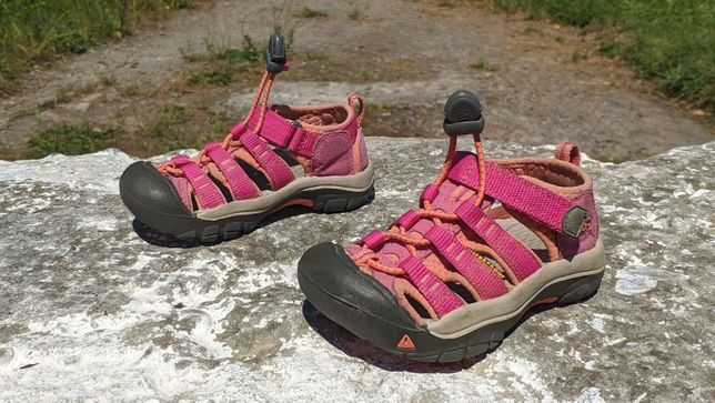 Дитячі трекінгові сандалі Keen