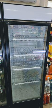 Холодильник пивний , вітрина.