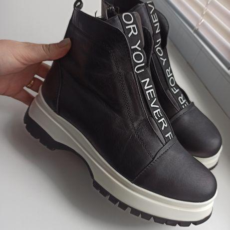 Продам кожані ботинки 37 розмір