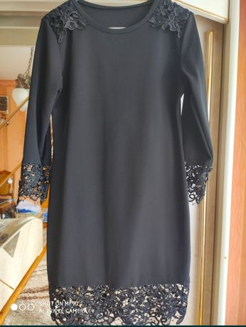 Sukienka czarna,koronka, giupiura