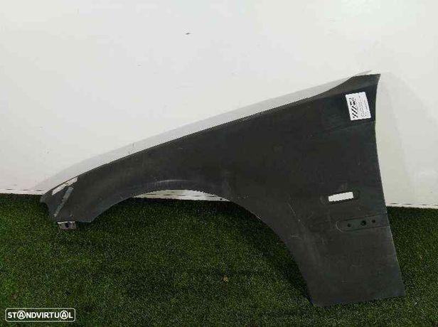 Guarda-lamas esquerdo BMW 3 Compact (E46) 318 ti