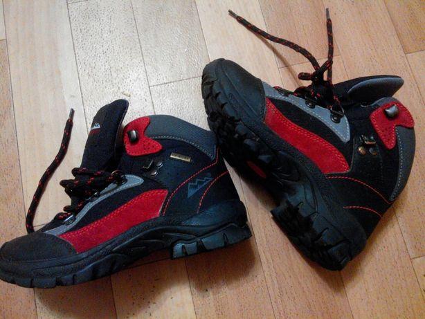 Трекинговые ботинки 31