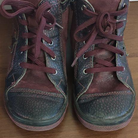 Ботинки на девочку-кожа
