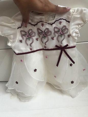 Платье на девочку 3-6 месяца