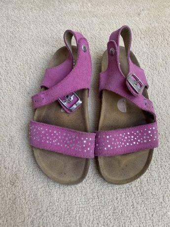 Sandały dla dziewczynki skóra zamszowa roz. 32
