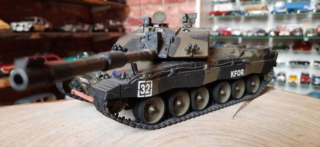 MODEL czołg Challenger mk2 1:35 starannie sklejony duży kolekcjonerski