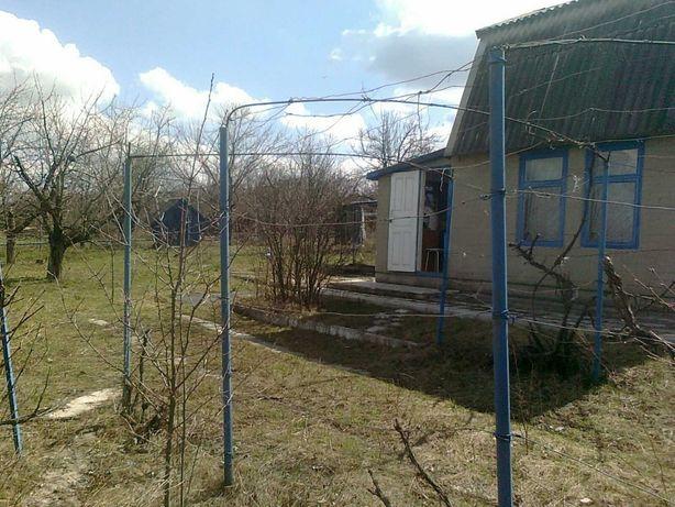 Дачный домик на 6 сотках в Луганске