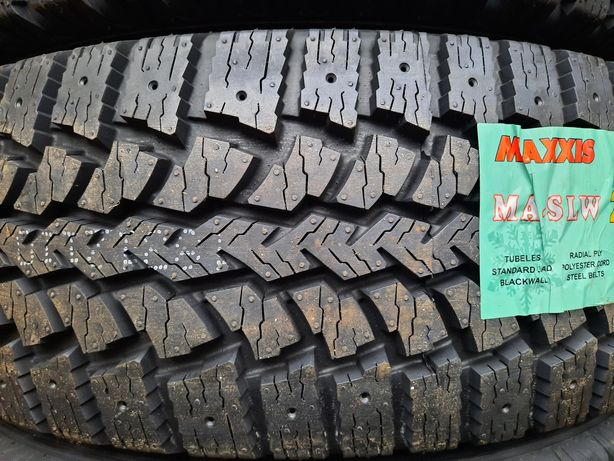 Зимові шини 215/75 R16C Maxxis Presa Spike MA-SLW Нові 2020
