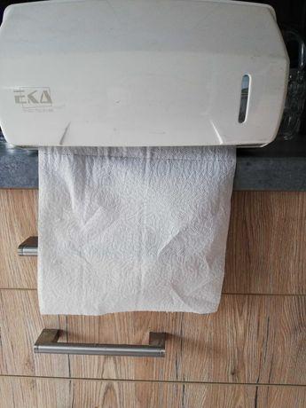 Pojemnik podajnik na papier kuchenny