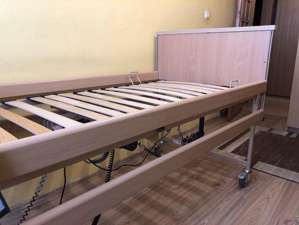Łóżko rehabilitacyjne ze stolikiem