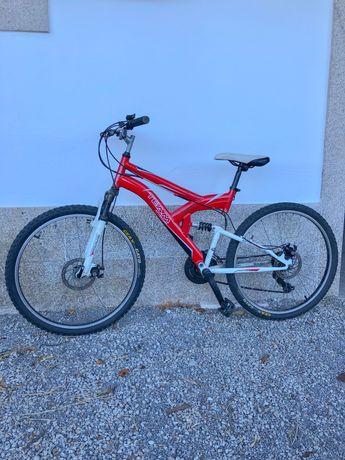 """Bicicleta de montanha """"Team Adventure BTT"""""""