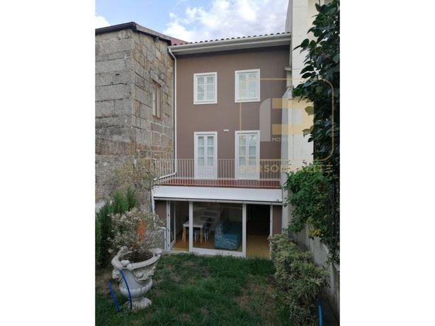 Apartamento T1 MOBILADO - com jardim