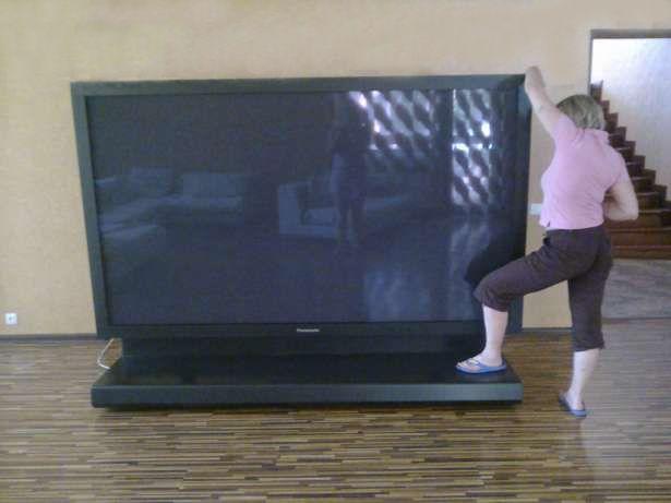 плазменный 3D телевизор Panasonic 103 дюйма