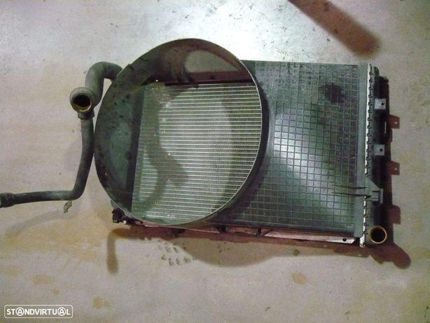 Radiador  + resguardo - Mercedes 190 ( w201 )