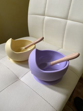 Детская тарелка и ложечка