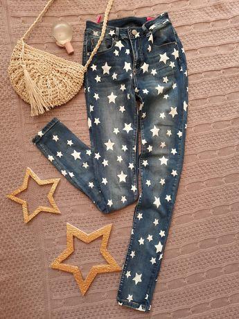 Синие джинсы дудочки со звездами