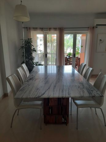 IMPERDÍVEIS!Mesas de mármore e cadeiras. A elegância a bom precio!!