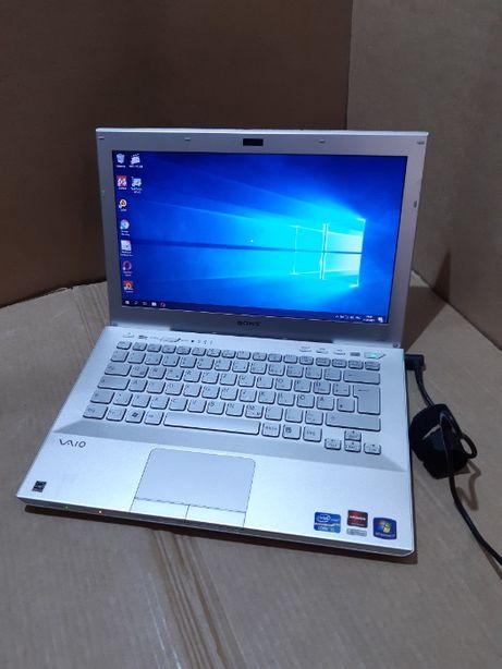 """Ноутбук Sony / 13.3"""" / i5 - 2410M / 4 ddr3 / 500 GB / Radeon HD 6470"""