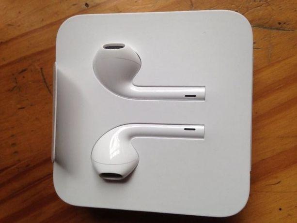 Sprzedam fabrycznie nowe oryginalne słuchawki do iphone 7 innych apple