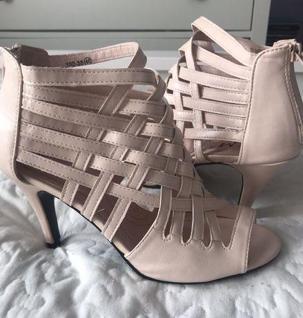 Eleganckie sandały wysoki obcas