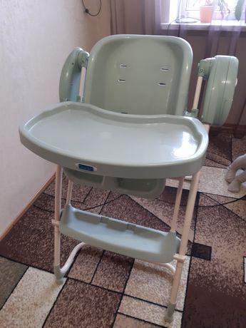 Продам стульчик для кормления 2в1 качелька