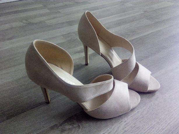 Szpilki sandały NOWE 40 pudrowy róż obcas 26 cm wolny palec eleganckie