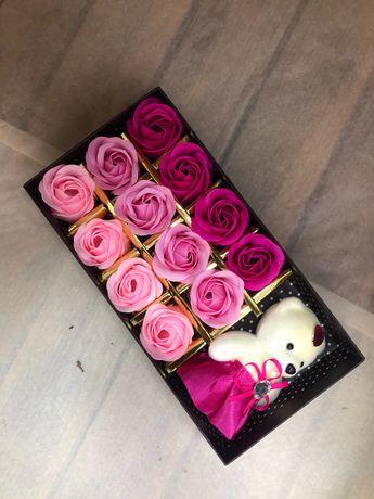 Подарки розы с мишкой