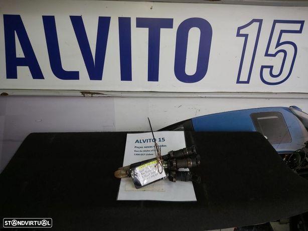 Injector Bosch Citroen Berlingo C2 C3 C4 C5 Peugeot 1007 206 207 3008 307 308 407 5008 Partner  0445110297 0 445 110 297