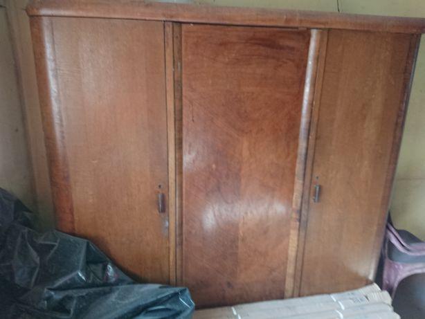 Sprzedam szafy, do renowacji.