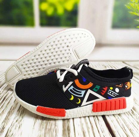 Кросовки для молоді. Оригінальний дизайн, висока якість та універсальн
