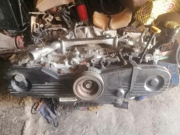 Мотор, двигатель на Subaru legacy, Impreza, Outback, Forester EJ20