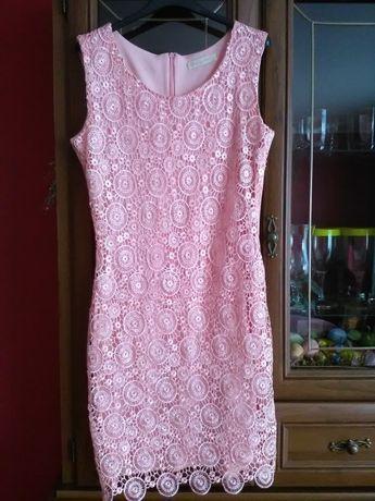 6 sukienek