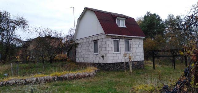 Продаётся дом с удобствами в селе Шибене,40 км.от Киева,лес озеро.