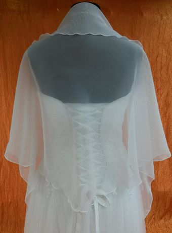 szal ślubny z woalu biały
