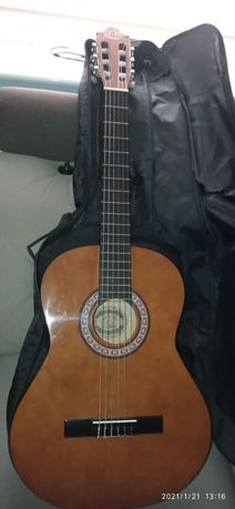 Sprzedam gitare pilnie