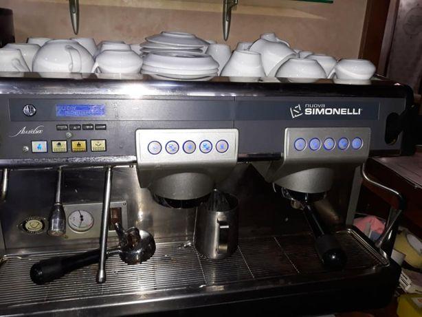 Кофемашина Nuova Simonelli Aurelia 2 GR для ресторана, кафе, бара