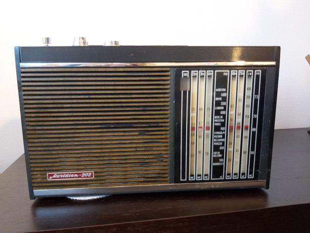 Stare radio Meridian 202