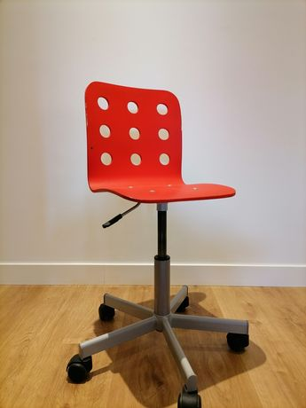 Cadeira de secretária com rodas para criança
