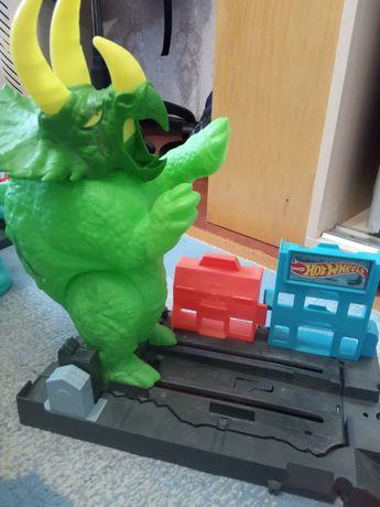 Трэк Хот вилс динозавр