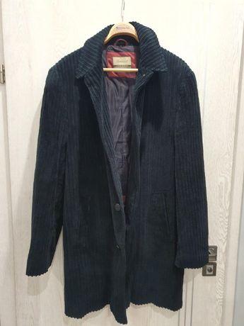 Elegancki płaszcz firmy Gamatex