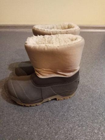 Sprzedam buty zimowe śniegowce rozm. 34 / 35